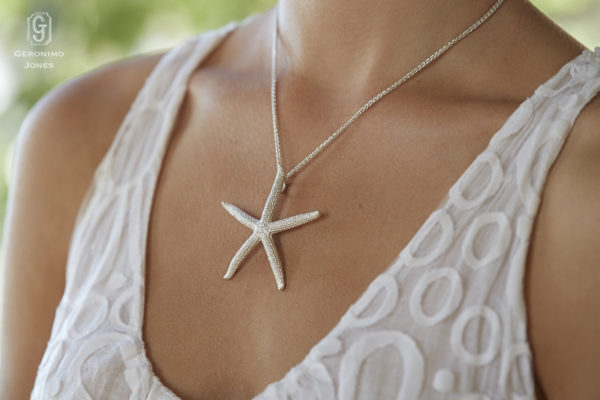 GJ solid Sterling silver large starfish pendant necklace on Sterling silver chain